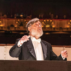 Sir Andrew Davis Conducts Beethoven 9